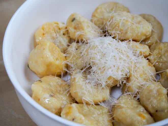 food-blogger-carolines-cooking-acorn-squash-gnocci