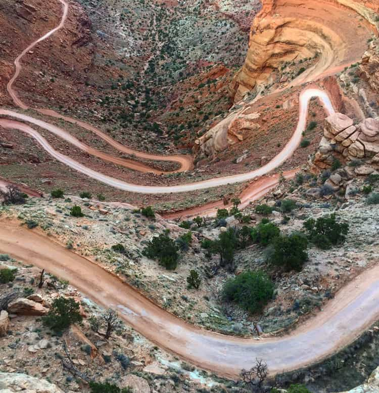Canyonlands-Shafer-Trail-Overlook
